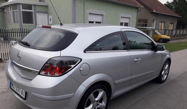 Opel Astra H 1.7cdti GTC 2007 full