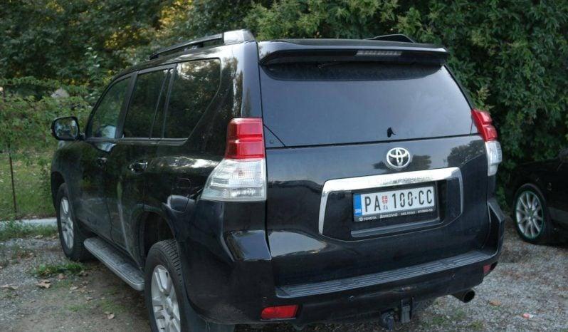 Toyota Land Cruiser premium 2010 full